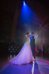 photographe+photo+mariage+sur+le+vif+naturel+aix+en+provence+cannes+toulon+var+bouche+du+rhone+thomas+ domaine+du+galoupet+bouquet+robe+costume+escalier