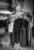 photographe+photo+mariage+sur+le+vif+naturel+aix+en+provence+cannes+toulon+var+bouche+du+rhone+thomas+ préparatifs+chaussure+mariée+talon+détail